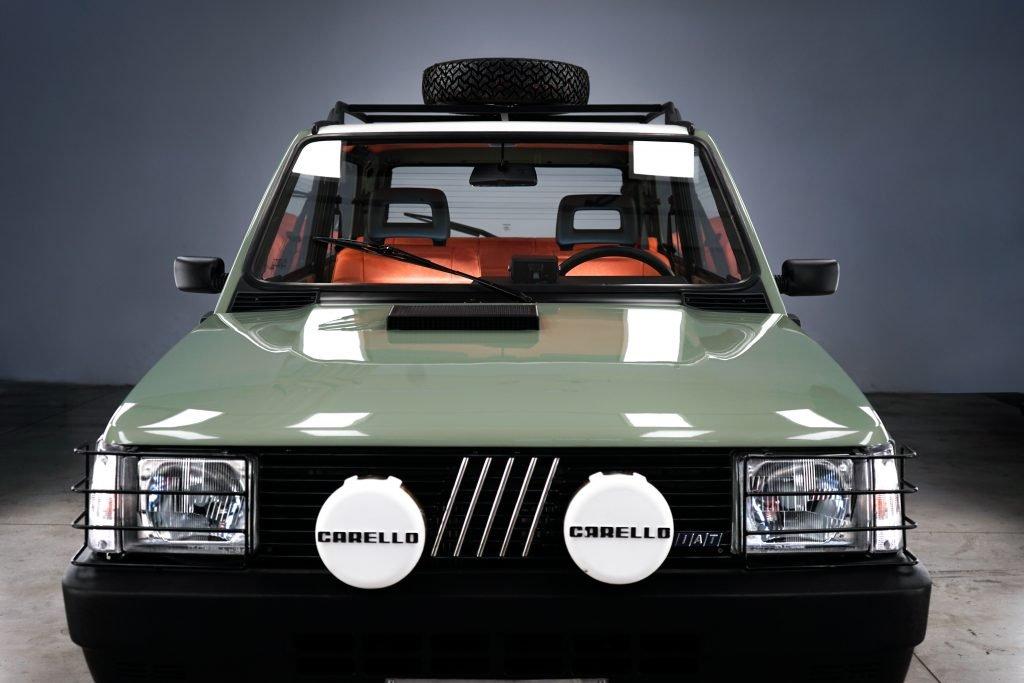 Pandina Jones car & vintage Garage Italia panda 4x4 vintage