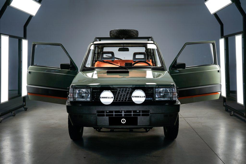 Pandina Jones car & vintage Garage Italia panda 4x4