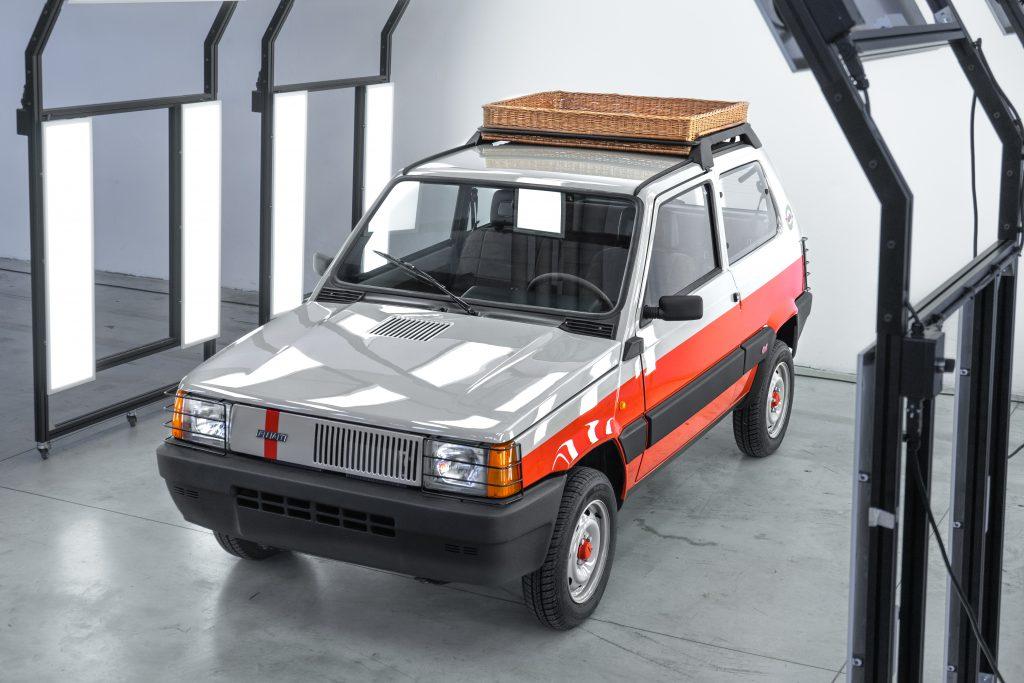 Pand'art Arthur Kar Garage Italia panda 4x4
