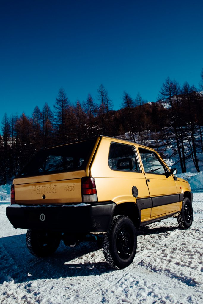 fiat Panda 4x4 garage italia pandoro montagna neve