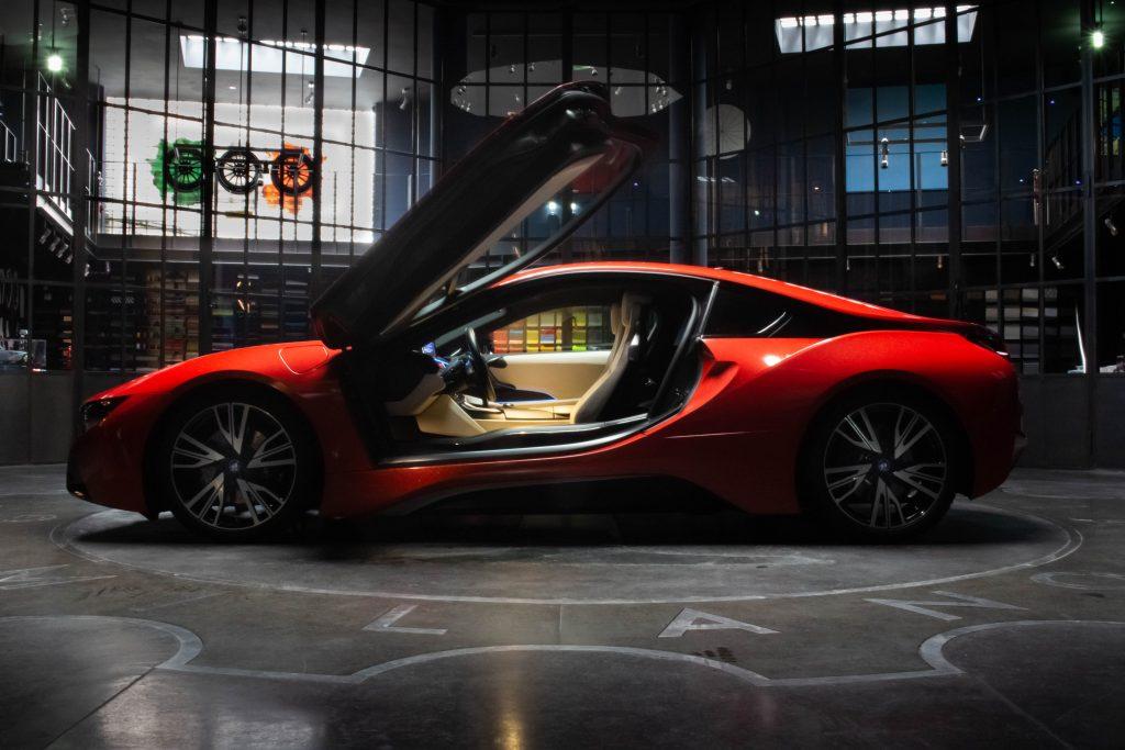 Bmw i8 glossy red GARAGE ITALIA