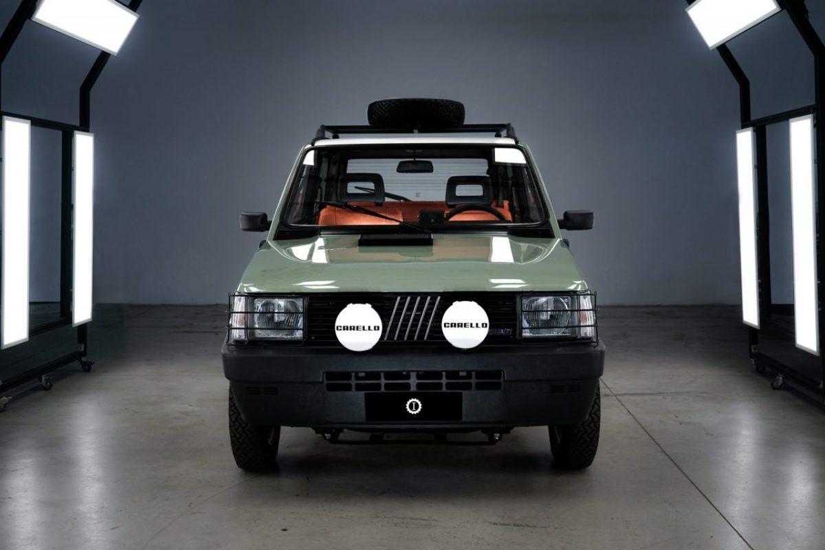 Pandina Jones car & vintage Garage Italia panda 4x4 front